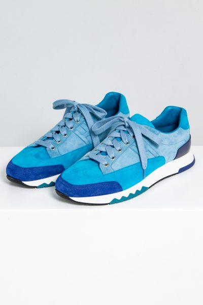 Hermès Sneaker aus Veloursleder in unterschiedlichen Blautönen