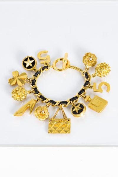 Chanel Bettelarmband in gold